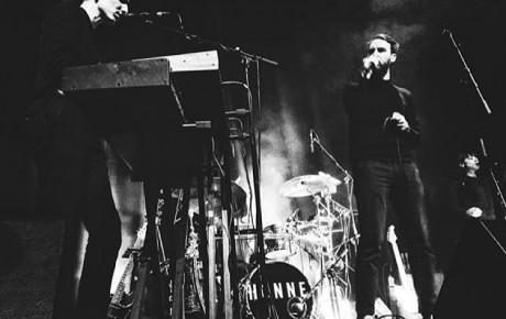 Honne performing live