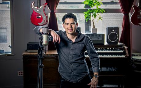 Daniel Sanint - Lauten Audio Eden LT-386 microphone chosen for singers Ingrid Michaelson & Sara Bareilles