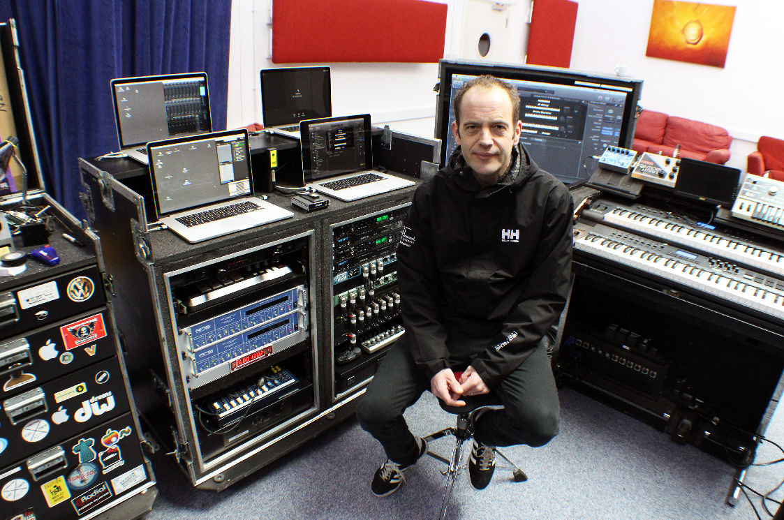 Laurie Jenkins - Kasabian - RME - Synthax Audio UK