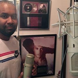 Michael Angelo - Lauten Atlantis - Synthax Audio UK
