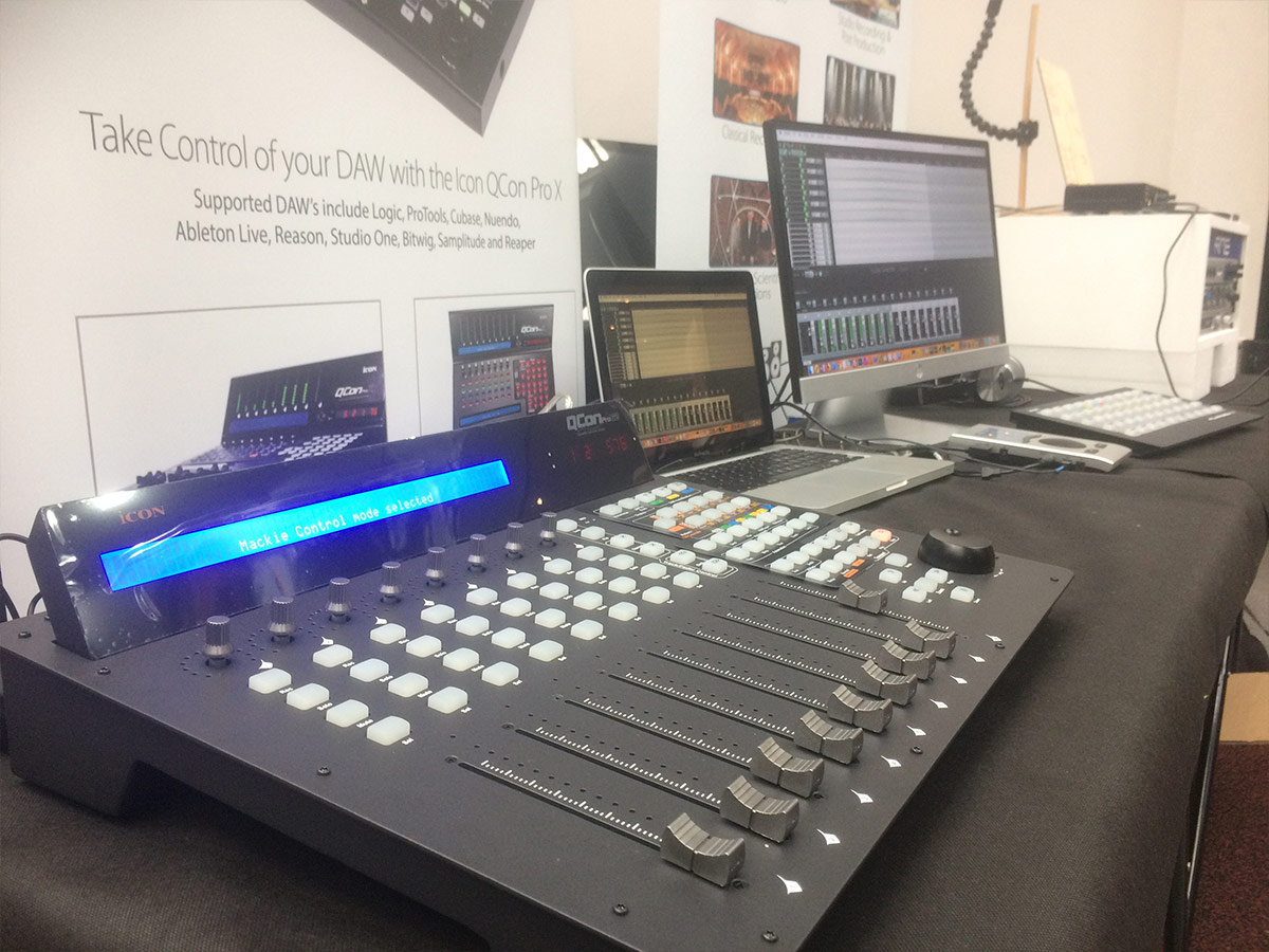 Synthax Stand 02 - Absolute Music 2018 - Synthax Audio UK