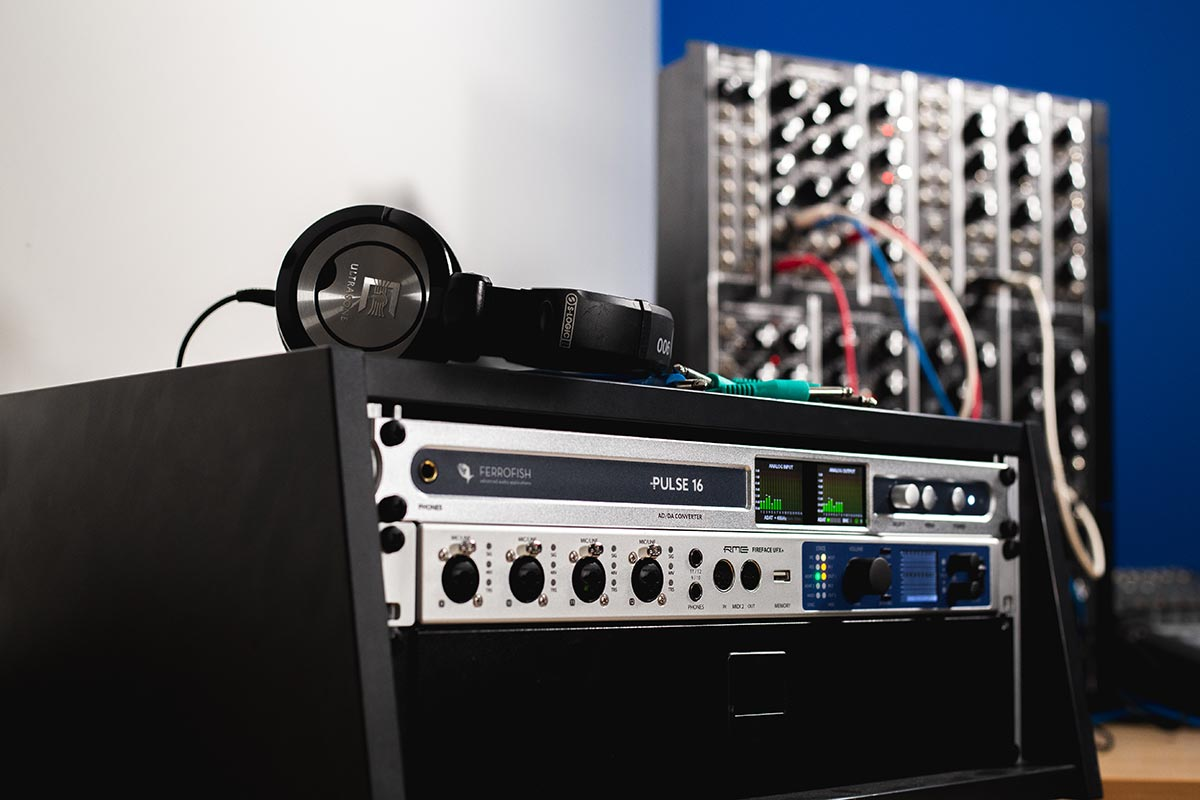 Pulse 16 CV with Modular - Synthax Audio UK