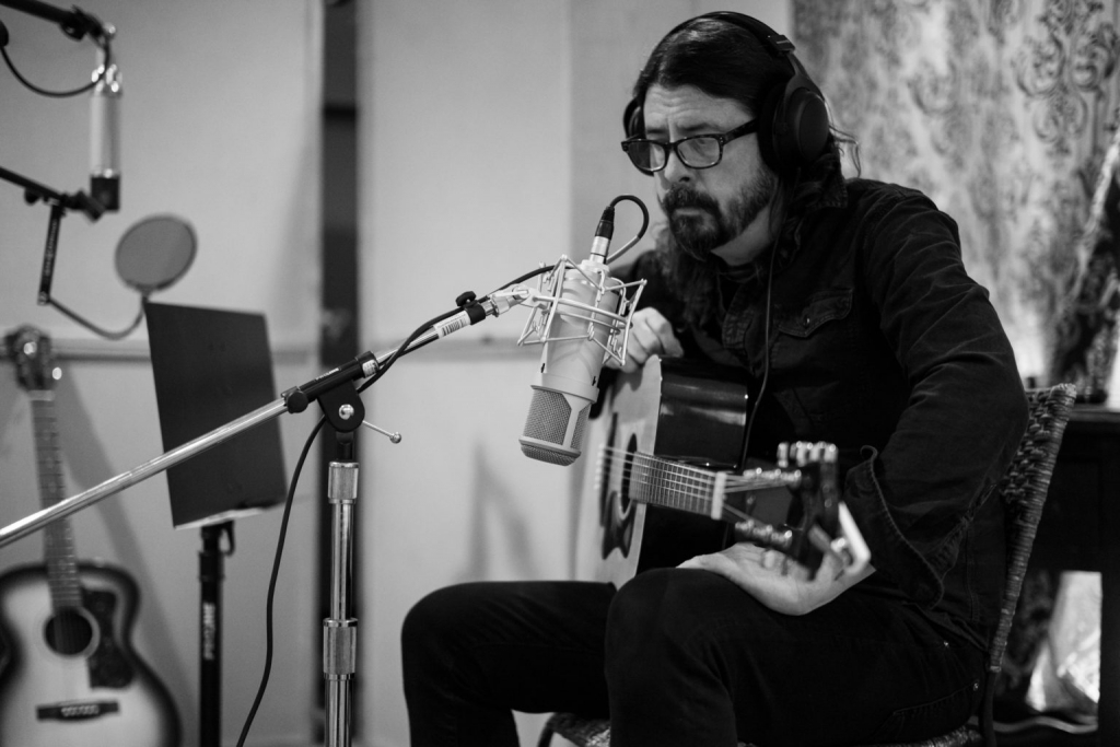 Dave Grohl - Lauten Audio - Synthax Audio UK