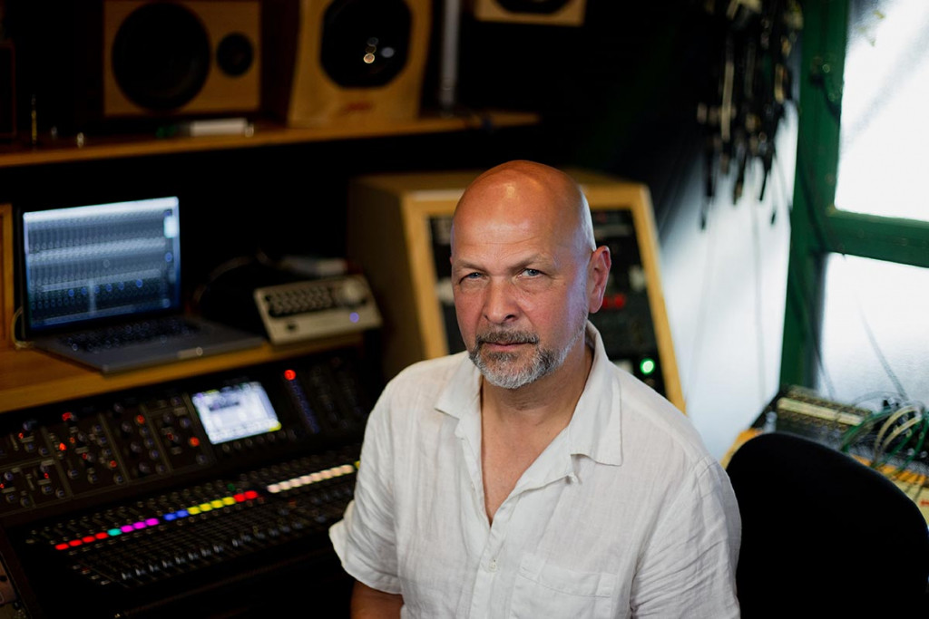 Marco Perry in the 'Sonic Shed' - Synthax Audio UK